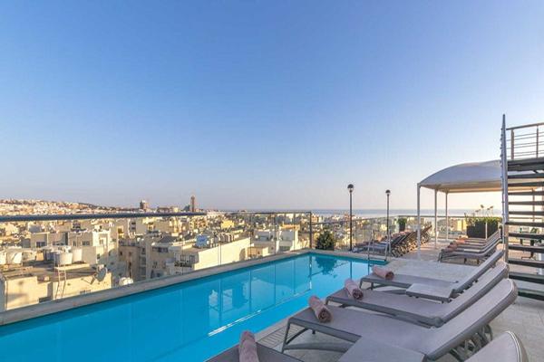Sea-heritage-malte-victoria-hotel-st-gilian